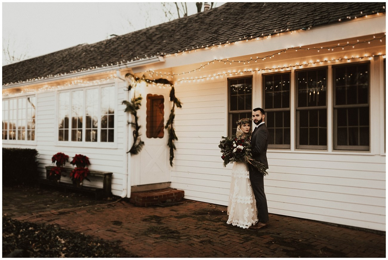 73d540d4d Hannah + Brian // Christmas Cabin Wedding - Lauren F.otography ...