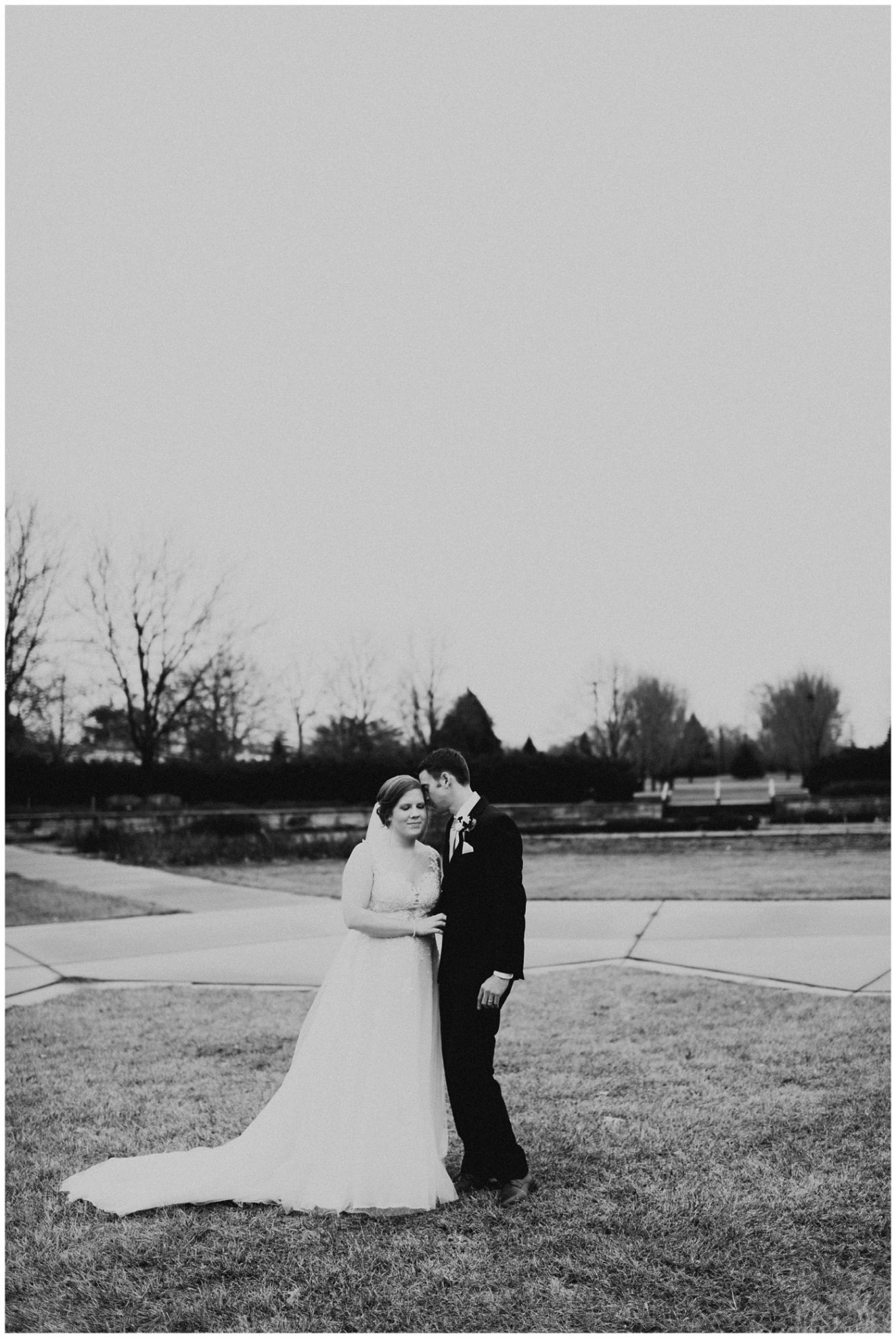 9fc0c6bac0 Johnny + Eliza // Classic Winter Wedding - Lauren F.otography ...