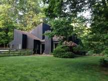70s Contemporary House Exterior