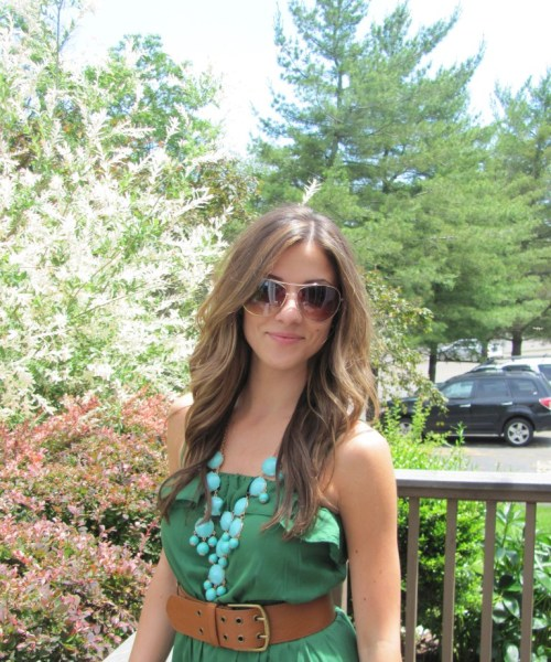 Video Tutorial: How to Get Beachy Waves