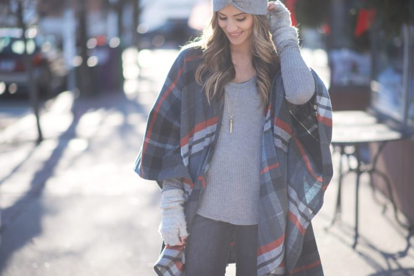 How to wear a plaid poncho, fall and winter style