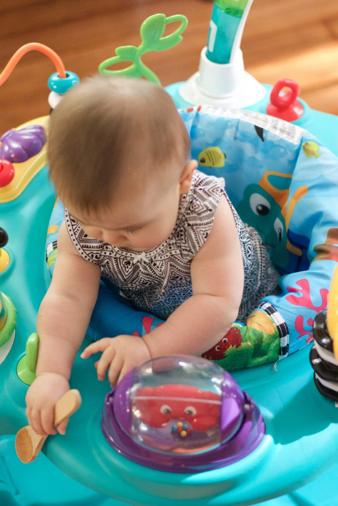 Baby Einstein 2-in-1 Lights & Sea Activity Gym and Saucer Review