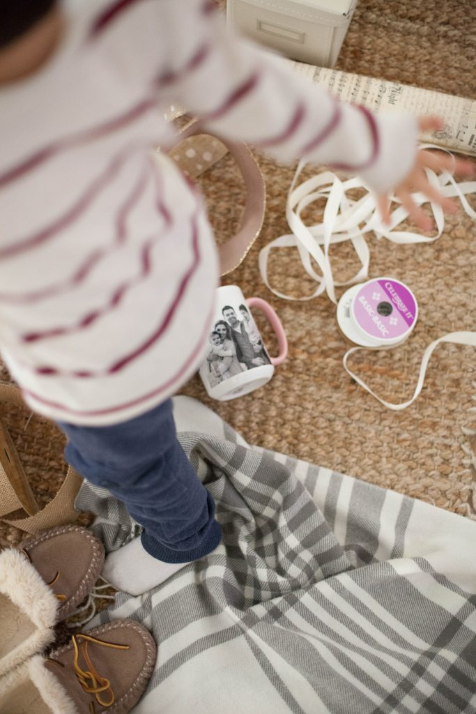 Mom Baby Holiday Gift Ideas From Kids To Grandparents