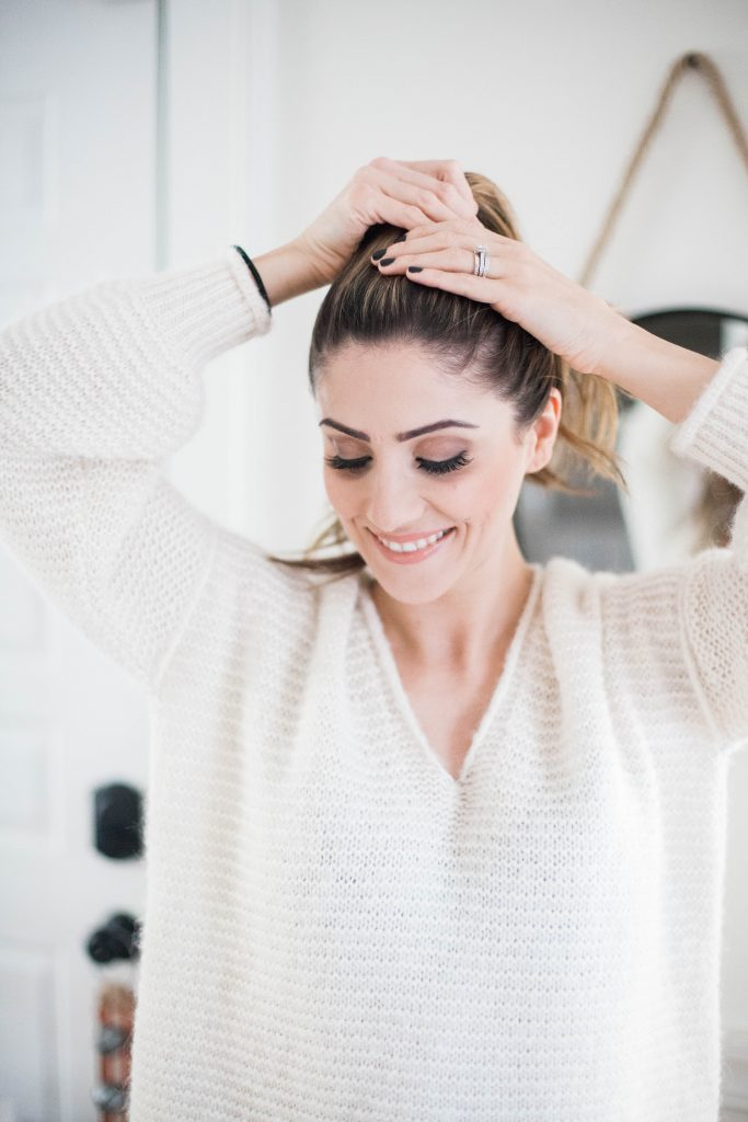 An easy topknot tutorial for busy moms, or those who just don't feel like washing their hair! Tips included on how to achieve the perfect knot.
