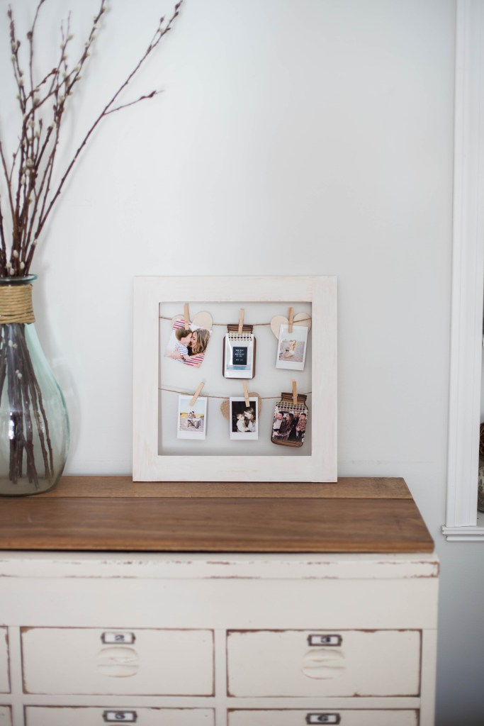 This simple DIY photo frame is easy enough for anyone to make, and makes for an easy interchangeable display frame year round.