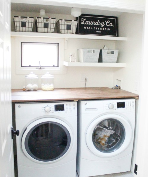 Home // Farmhouse Laundry Room