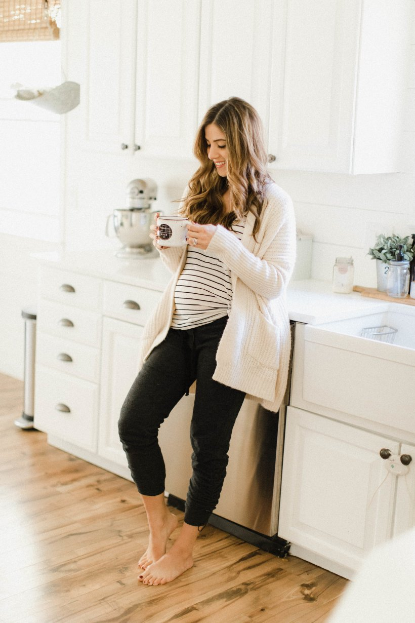 Life and style blogger Lauren McBride shares her Fall Wardrobe Essentials for the 2017 season, including the basic items to invest in this year.