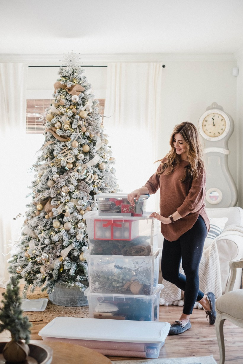 Life and style blogger Lauren McBride shares Simple Holiday Storage Tips that will keep your holiday decor organized for the next holiday season!