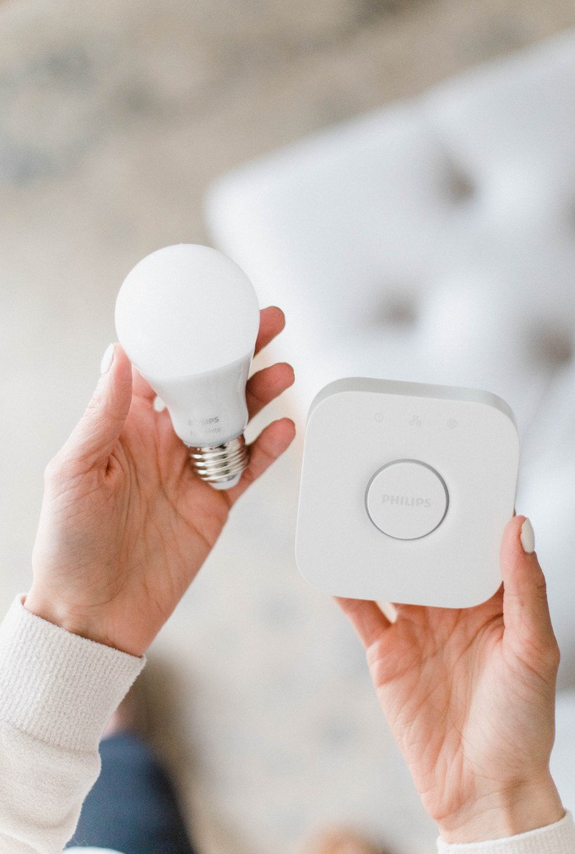 Connecticut life and style blogger Lauren McBride shares The Best Smart Home Devices for your Home, including Amazon Echo, Ring Doorbell, and more.