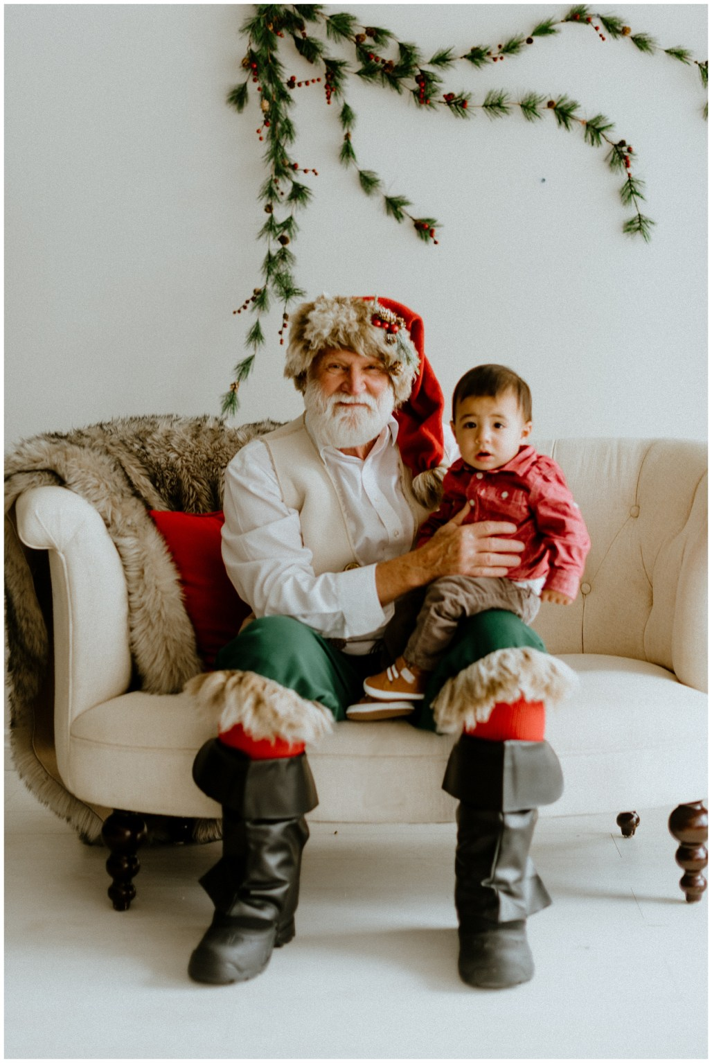 Best Spots to Meet Santa Clause Near, Seattle Santa, Best places around Seattle to get your kids' photo with Santa, Santa Northwest, Seattle Photographer, Seattle Family Photographer