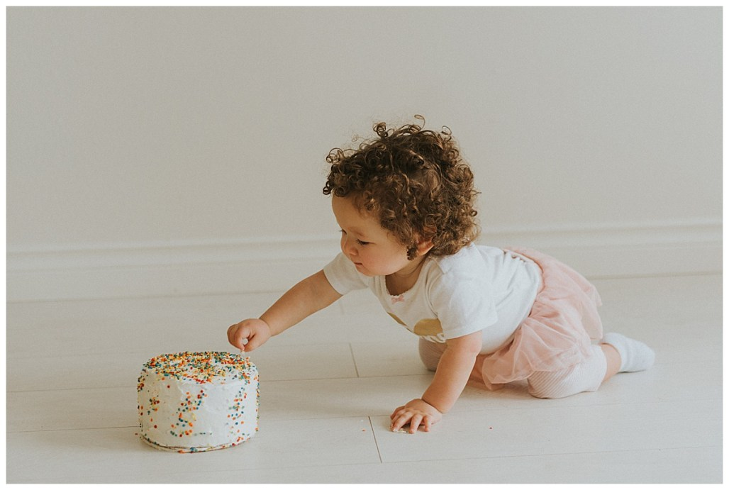 Cake Smash, Seattle Photographer, Tacoma Photographer, Northgate Photographer, Snohomish Photographer, PNW Family Photographer
