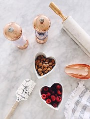 rose-gold-home-accessories-perfect-aesthetic