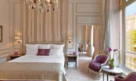Les suites et chambres du Plaza Athénée