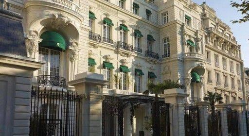 Le Palace le ShangriLa vu par Laurent Delporte