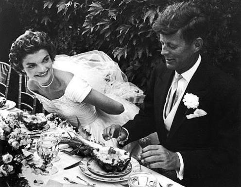 Kennedy und seine Frau Jacky - mit ihnen zog Glanz und Glamour ins Weiße Haus.