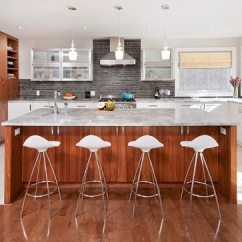 Eat In Kitchen Island Bar Stools For Islands Don T Make These Design Mistakes Contemporary