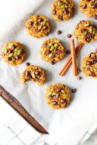 Pumpkin Spiced Oatmeal Breakfast Cookies [Nut-Free, Gluten-Free, Dairy-Free, Low-Sugar]