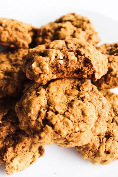 gluten free gingerbread maple oatmeal cookies