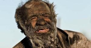 Amoo Hadji, l'homme qui ne s'est pas lavé depuis 60 ans