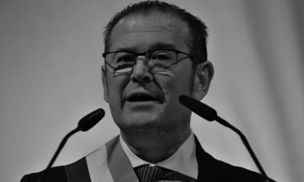VOEUX DU SÉNATEUR MAIRE BRUNO GILLES DE LA MAIRIE DU 4/5 EM «UN ÉLU PROCHE DU PEUPLE»