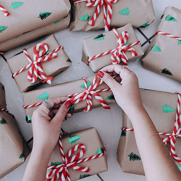 Gift wrap service