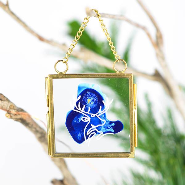 Glas ornament met hert (klein)