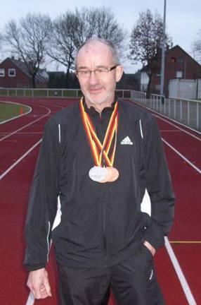 Dreifacher Medaillengewinner in Düsseldorf Helmut Meier