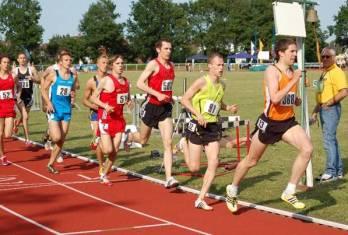 1500m Zeitläufe Gesamtsieger Johs. Raabe mit der Nr.91