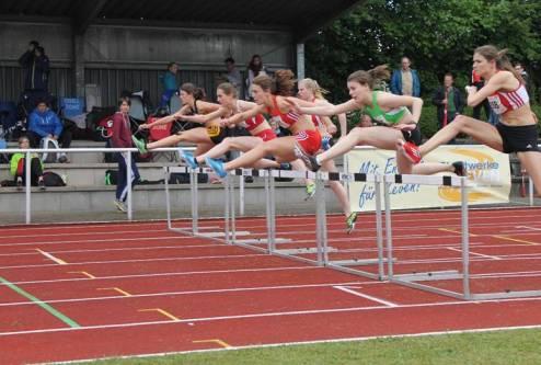 Vorläufe 100m Hürden weibl. Jugend