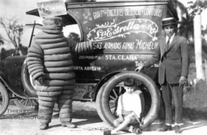 Оригинална снимка на Мишлен човечето под формата на реклама