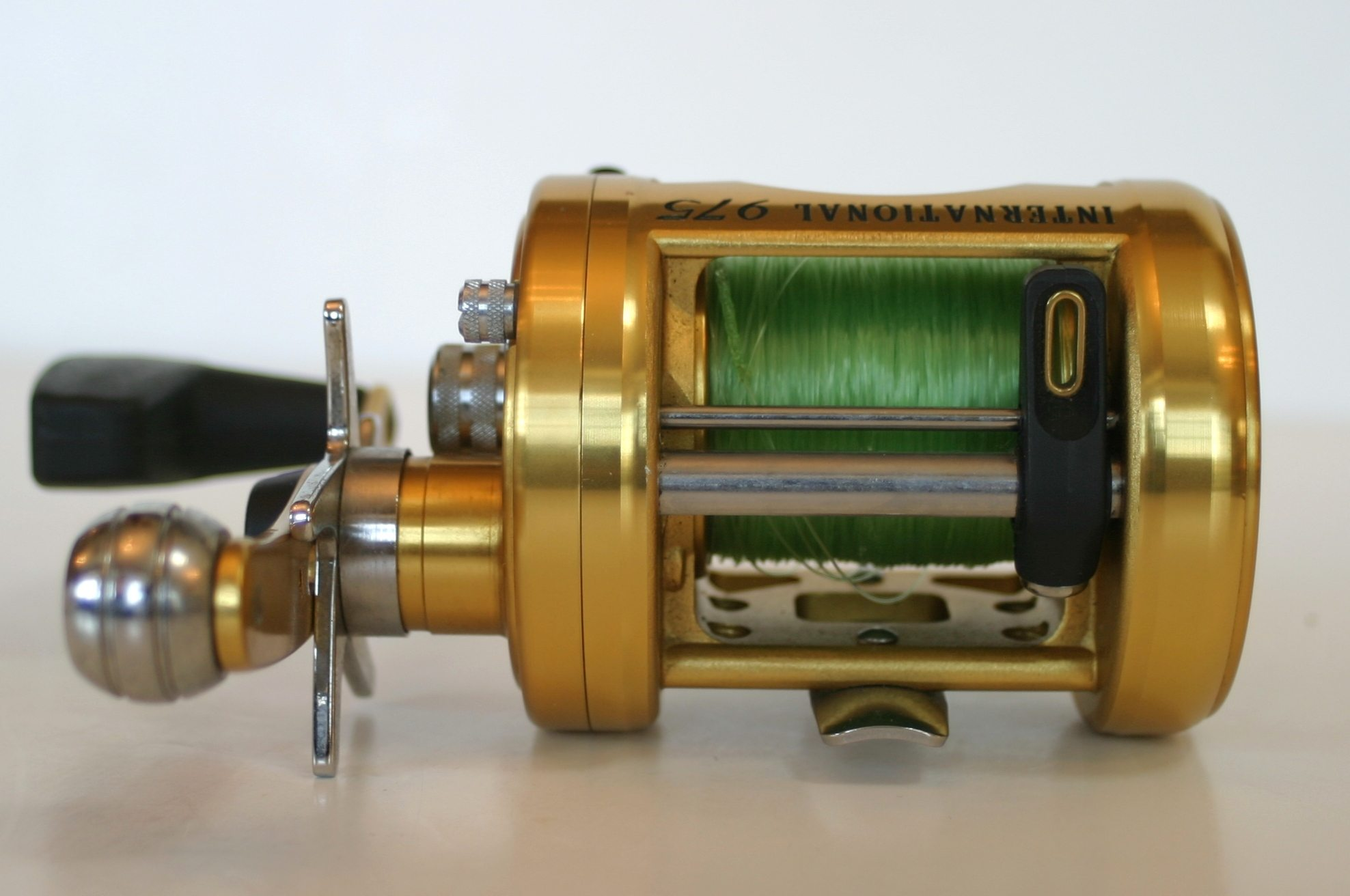 Penn reels international 975 bait caster fishing reel made for Fishing reels made in usa