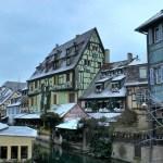 COLMAR – Il fiabesco mercatino di Natale sotto la neve