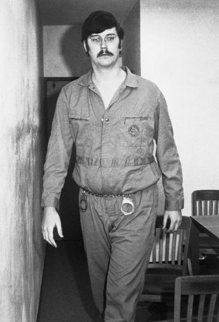 Ed Kemper una vez detenido
