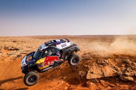 Carlos Sainz, no luck in this Dakar