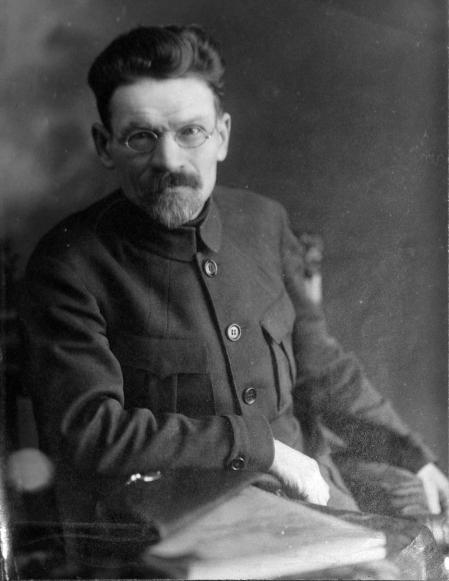 Mijaíl Kalinin en Moscú en 1920.
