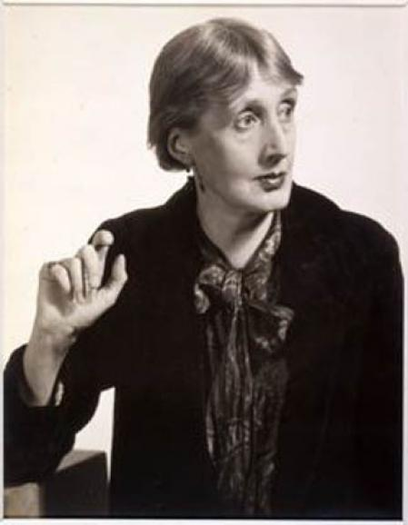 Virginia Woolf photographed by Man Ray, 1934