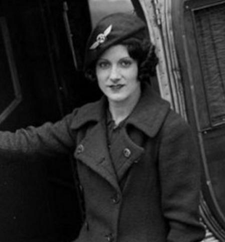 Ellen Church, la primera azafata de la historia.