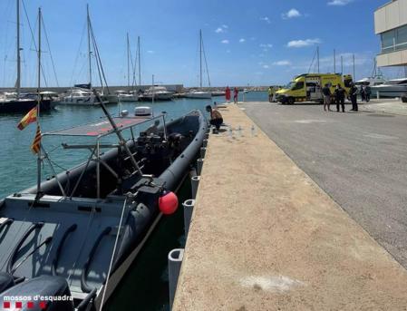 Dispositivo de rescate de los dos submarinistas fallecidos en Calafell