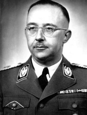 Retrato de Heinrich Himmler en 1942. Foto: Wikimedia Commons / Bundesarchiv, Bild 183-S72707 / CC-BY-SA 3.0.