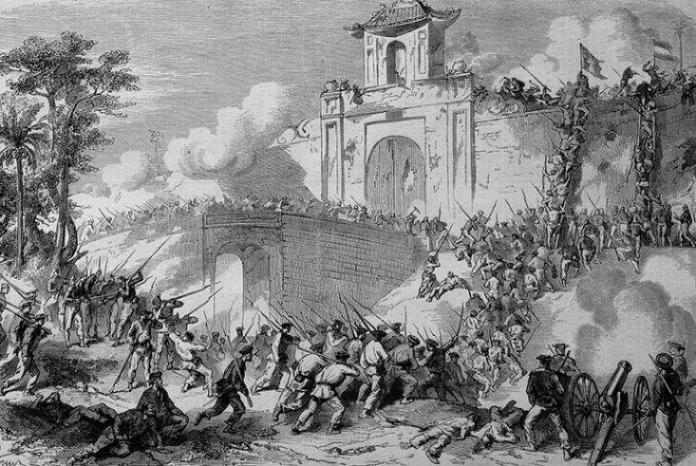 Campaña en Cochinchina. Las tropas de la expedición asaltando los muros de Saigón en febrero de 1859.