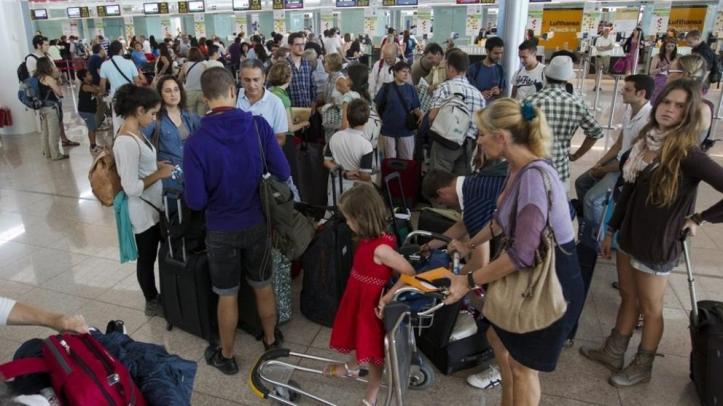 Resultado de imagen de compensación y asistencia a los pasajeros aéreos