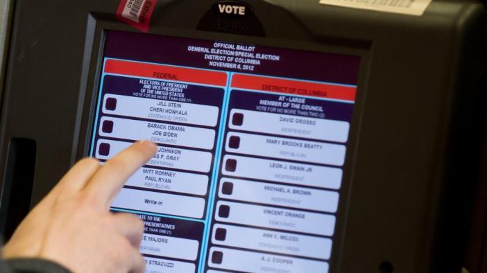 Por qué sólo siete países en todo el mundo han implantado el voto electrónico