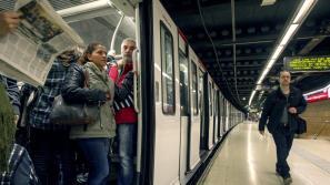 Barcelona se queja de que el Estado reduce sus aportaciones al transporte público
