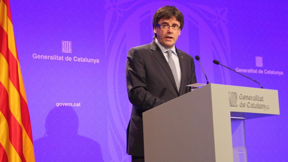 Puigdemont detalla su plan de gobierno a los 100 días de llegar al cargo