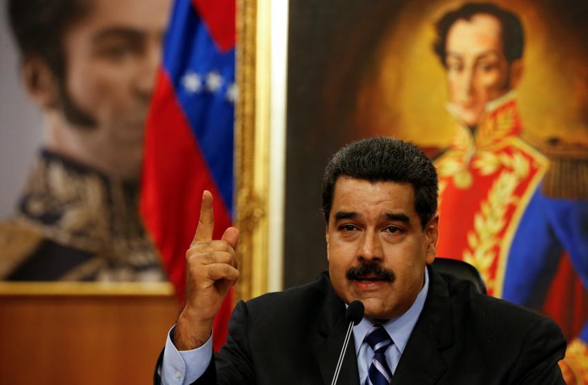 Maduro denuncia una campaña