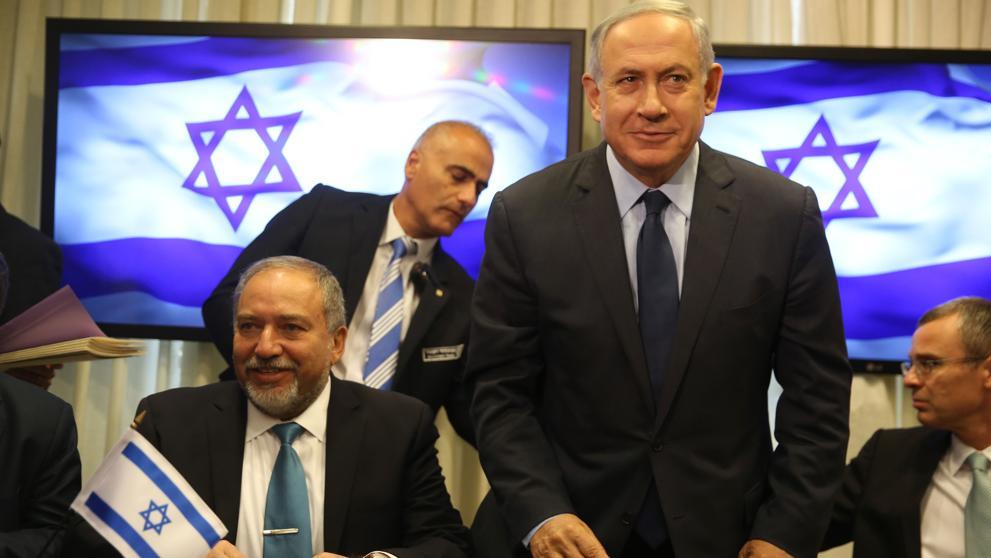 Netanyahu firma una alianza de gobierno con la ultraderecha de Liberman