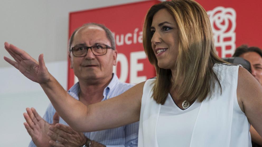 """Susana Díaz, a Sánchez: """"Primero el país, luego el partido"""""""