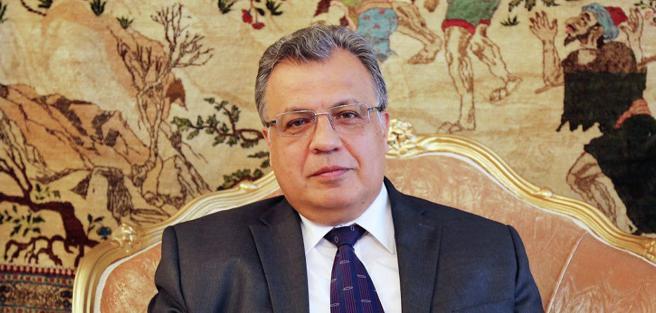 Anrei Karlov, embajador de Rusia en Turquía
