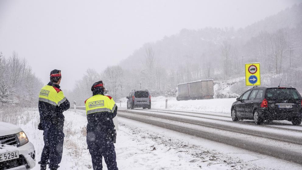 El viento y la nieve mantendrán en alerta a 23 provincias este lunes