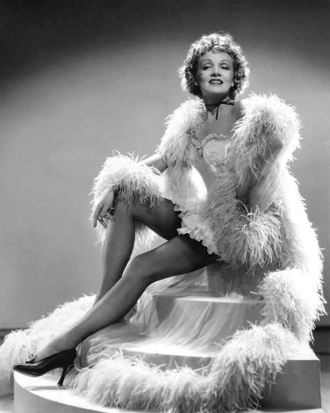 Marlene Dietrich en 'Mujer o demonio' '